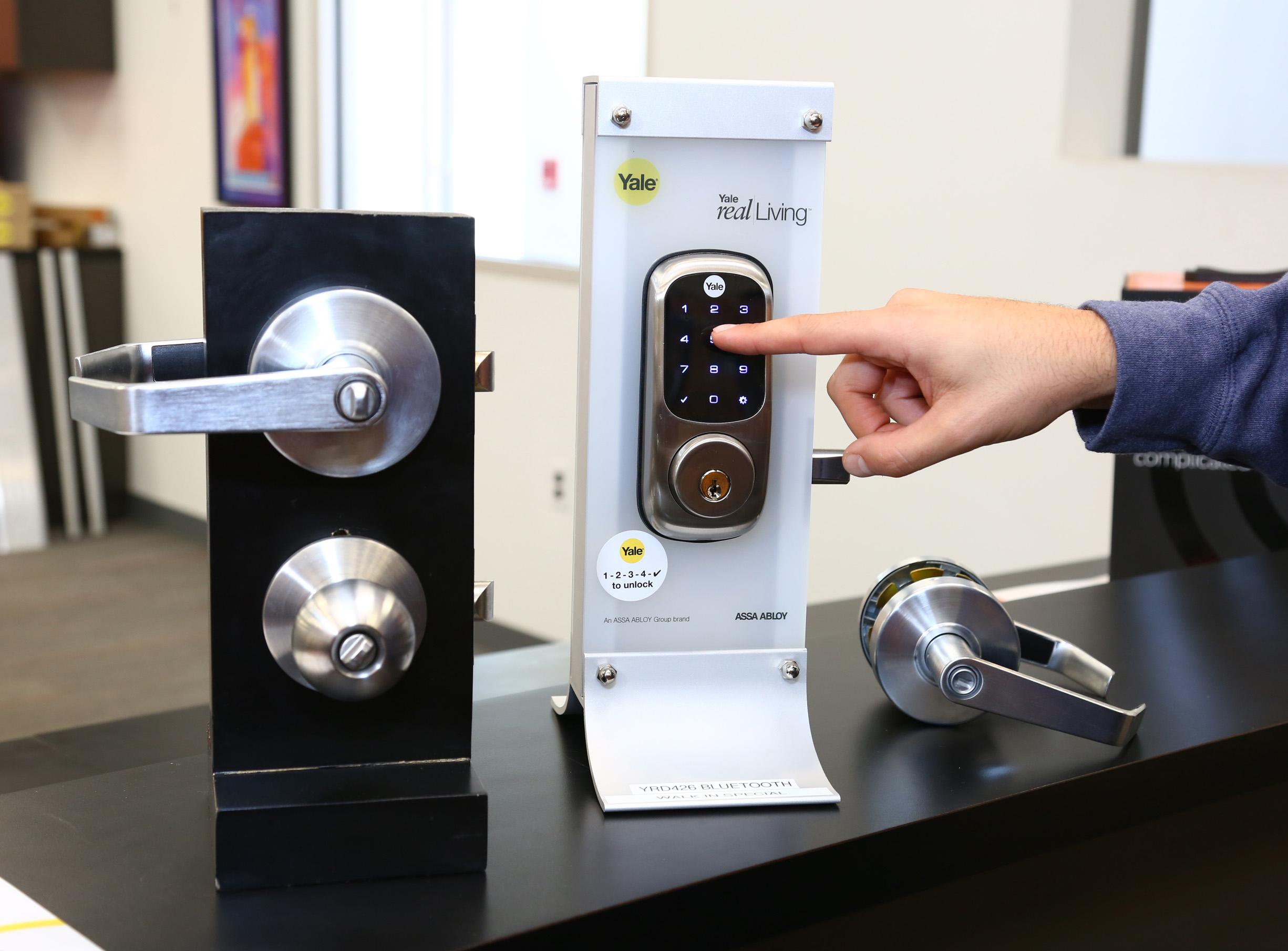 Counter Sales of Commercial Door Hardware